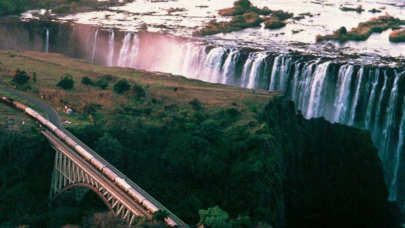 5 star Victoria Falls Hotel & Rovos Rail - Zimbabwe - 4 Nights