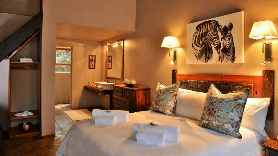 Bush & Beach - 4 Nights - Plett & Garden Route Safari Camp - Valid: Valid 01-15 Dec.20 and 10-30 Jan.21
