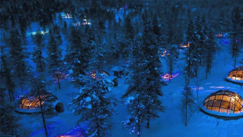 Finland - Northern Lights - Kakslauttanen Arctic Resort - 4 nights you will never forget!