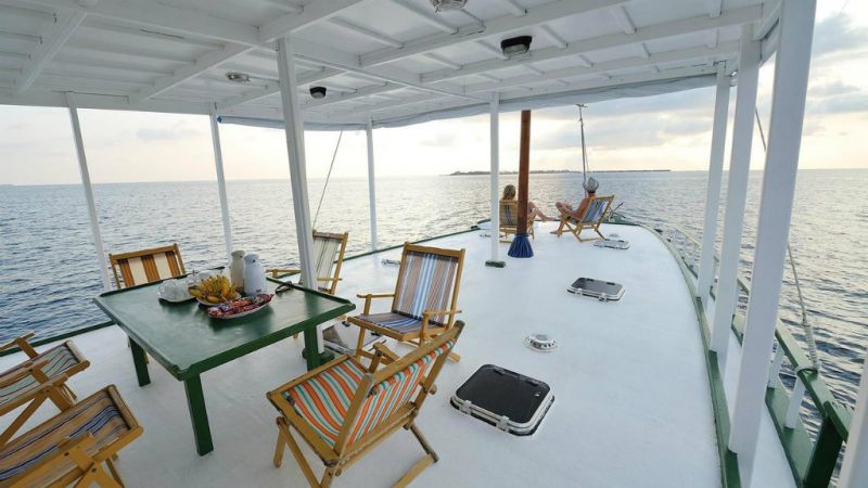 Maldives Dhoni Cruise  - 7 Days - last minute discounted set dep. 10 May