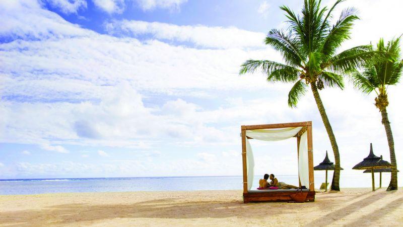 Mauritius_Outrigger