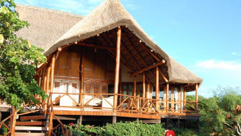 Mozambique - 4 star Vilanculos Beach Lodge - 5 nights