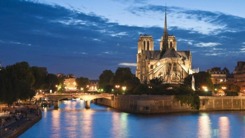 Paris in Feb for Valentine's - 6 nights - BLACK FRIDAY OFFER