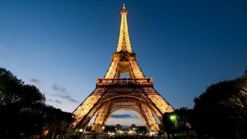 Paris_lo