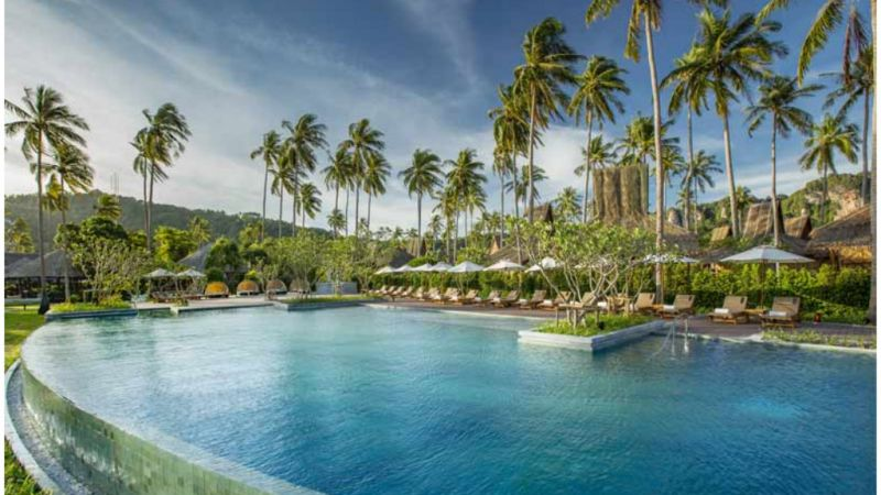 Phuket and Phi Phi 5* Combo - 8 Nights
