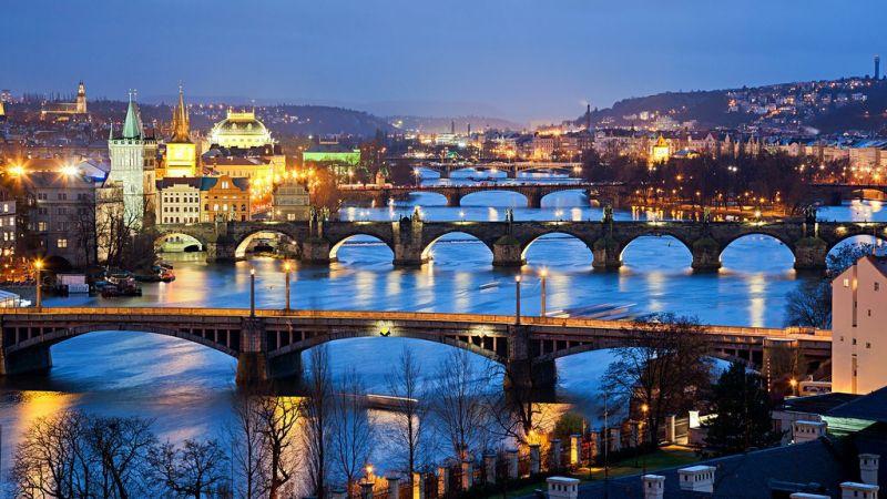 Prague_h