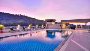 Stunning Phuket - 7 nights at the 4* Ashlee Plaza Patong Hotel & Spa - Valid: Jan.21