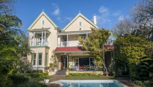 Port Elizabeth - 5* Hacklewood Hill Country House - 2 Night Stay - Valid until 30 Sep.21