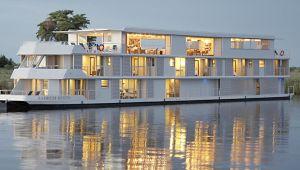 Botswana - Zambezi Queen Safari Boat