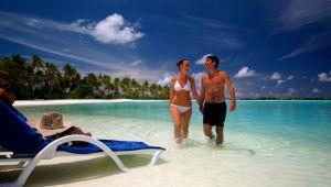 Maldives - 4 star Olhuveli Beach Resort and Spa - All Inclusive