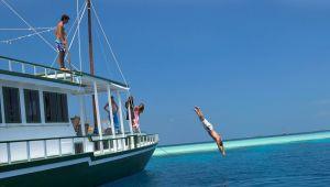 Maldives Dhoni Cruise  - 7 Days - Nov.19 to Jan.20 - 20% Off!