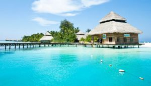 Maldives - 4 star Adaaran Hudhuranfushi Resort - Book by 15 Dec.17