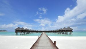 Maldives - 4 star Olhuveli Beach Resort and Spa - All Inclusive
