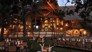 Vic Falls - The 4 star David Livingstone Safari Lodge & Spa