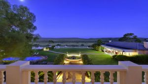 Honeymoon - Shamwari Long Lee Manor & Oceana Beach & Wildlife - 4 Nights