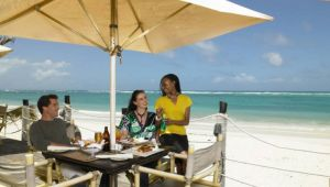 Kenya - 4 star Diani Reef Beach Resort - 4 nights