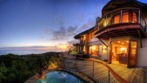 Eastern Cape - 5* Oceana Beach & Wildlife Reserve - 2 Night Getaway