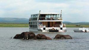 Shayamanzi House Boat - Pongola - Self Drive - 2 Nights - Valid until 28 Nov.21